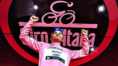 El esloveno Primoz Roglic (LottoNL-Jumbo) ha hecho suya la novena etapa del octava etapa del Giro de Italia de ciclismo 2016, una crono sobre un circuito en Chianti, de 40,5 kilómetros, tras la cual se mantiene como líder, pero con sólo un segundo d