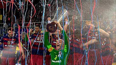 El Barcelona Lassa celebró esta noche sus tres años invicto en la liga Bauhaus Asobal con una victoria ante el Abanca Ademar León, por 37-27, en un partido en el que el equipo de Rafa Guijosa notó la ausencia de varias de sus piezas claves.