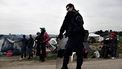 Grecia comienza el desalojo del campo de migrantes de Idomeni
