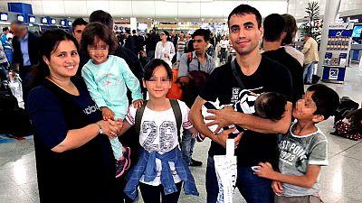 Llegan a España los primeros 20 refugiados de los 150 que serán reubicados desde Grecia