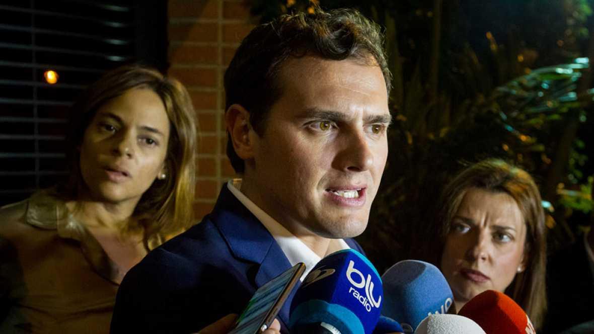 Rivera habla por teléfono con Leopoldo López pero le prohíben visitar a Ledezma