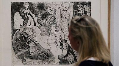 La obra de Picasso 'Mujer sentada', a subasta en Londres