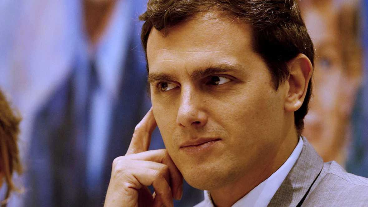 """Rivera sobre Rajoy: """"No hay que hablar de líneas rojas, pero quien lidere un cambio y la lucha contra la corrupción, tiene que créerselo"""""""