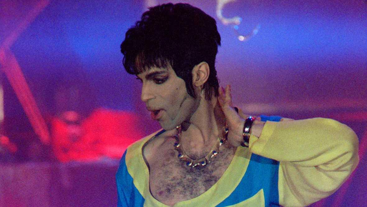 La autopsia concluye que Prince murió de una sobredosis de opiáceos