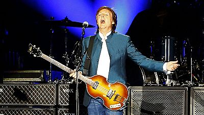 Paul McCartney emociona en su visita a Madrid