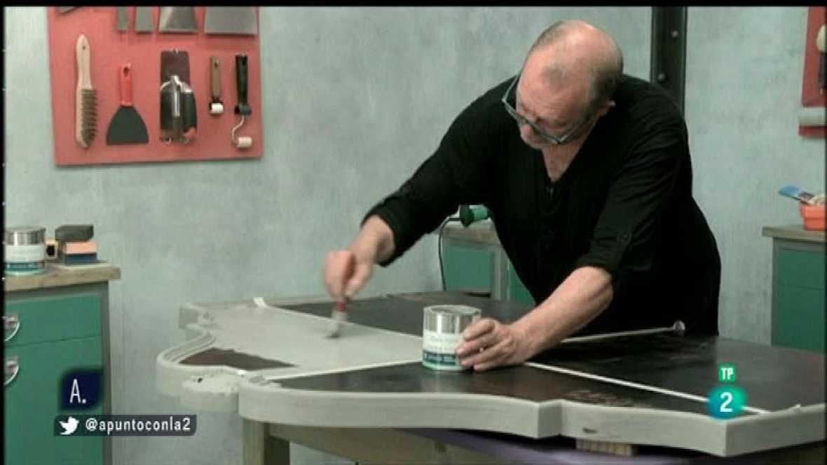 A punto con La 2 - Hazlo tú mismo - Cambiar una cerradura y la pintura de efecto tiza