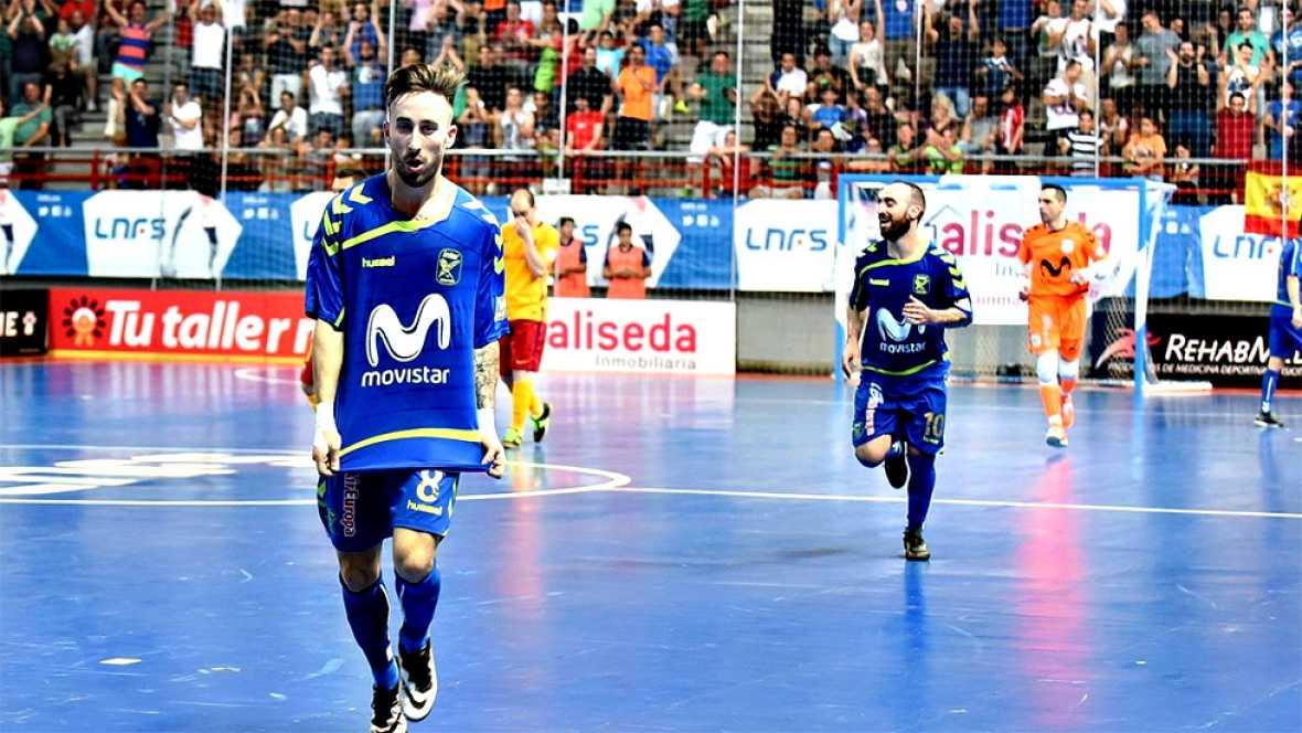 La irrupción del portugués Ricardinho en el momento clave del partido propició la remontada del Movistar Inter ante el Barcelona, que terminó por lograr un contundente triunfo en Torrejón (6-2) para tomar ventaja en la final por el título de Primera