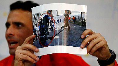 Agredido un líder opositor venezolano por presuntos partidarios chavistas ante el Consejo Electoral