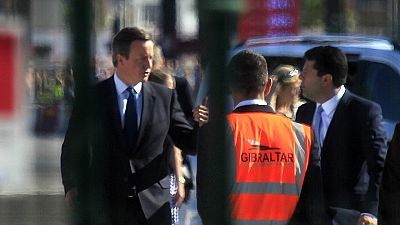 Cameron suspende los actos contra el 'Brexit' en Gibraltar y regresa tras el asesinato de una diputada laborista