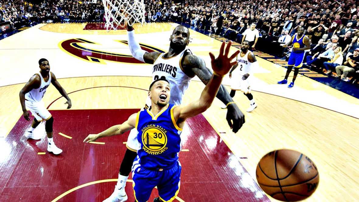 Cleveland Cavaliers ha forzado el séptimo y definitivo partido de  las finales de la NBA tras imponerse esta madrugada, con una  excepcional actuación de LeBron James, a Golden State Warriors  (115-101), que terminó con Stephen Curry desquiciado y ex