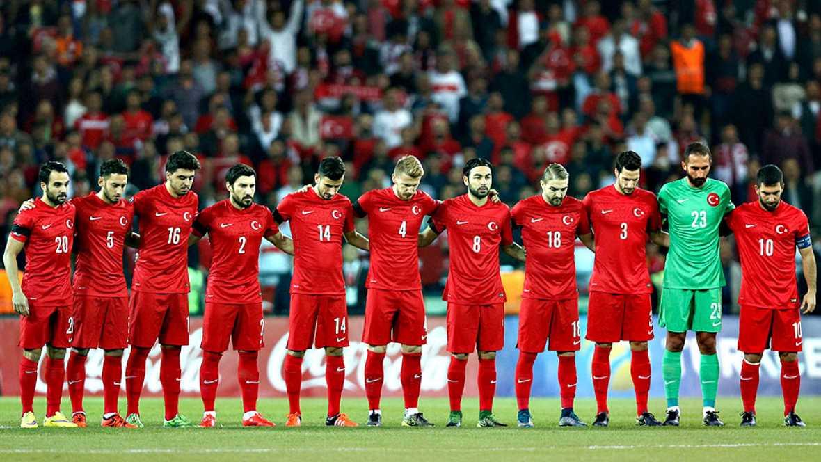 Fatih Terim tiene claro que Arda Turan deberá asumir el liderazgo ante España y sabe que, sin su concurso, la selección turca tendrá muy complicado puntuar, requisito indispensable para continuar en la competición.