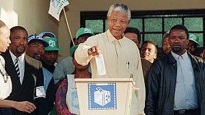 Nelson Mandela redibujado: Solo un hombre (2)