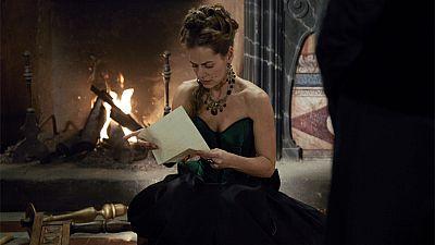 �guila Roja - Lucrecia se entera de que Hern�n es hijo del rey