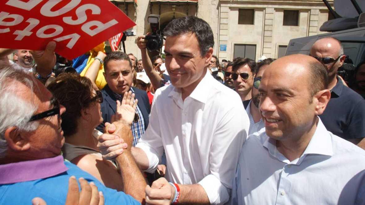 En plena campaña electoral, PSOE, Ciudadanos y Podemos continúan con las críticas y peticiones de dimisión al ministro del Interior