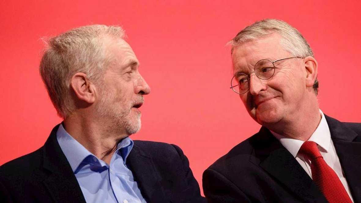 Tensión en el Partido Laborista británico tras el despido de Corbyn de su portavoz de exteriores
