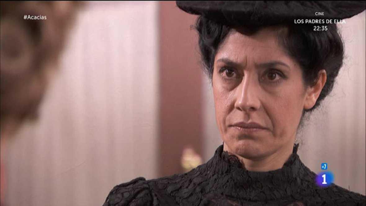 Acacias 38 - Cayetana le cuenta a Rosina que Felipe defenderá a Martín