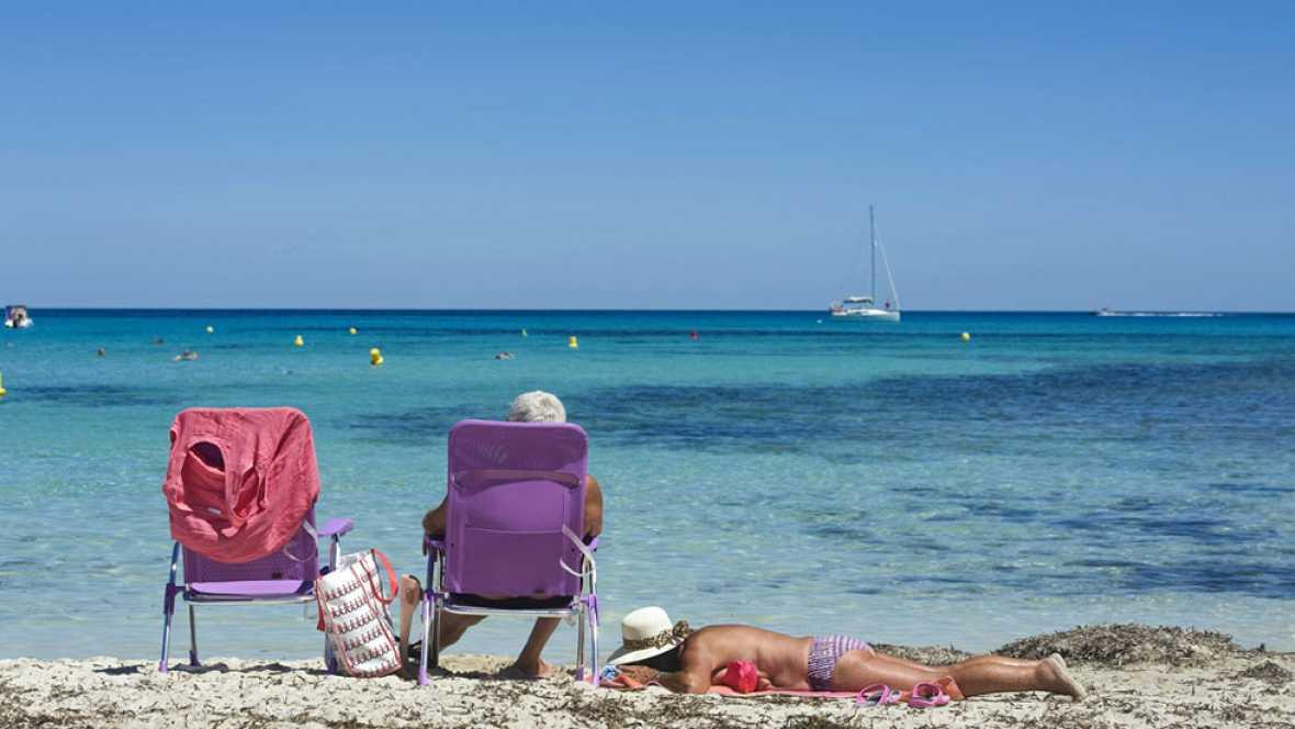 Poco nuboso en la Península y ascenso térmico en el norte y Baleares