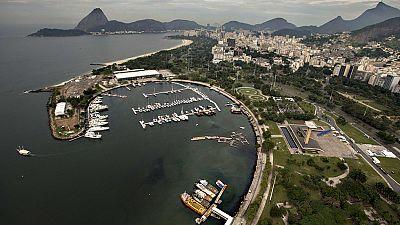 A escasos días de que arranquen los Juegos Olímpicos de Río 2016, las aguas en las que se celebrarán diversas pruebas dejan mucho que desear en cuanto a limpieza. A pesar de eso, regatistas brasileños como Robert Scheidt, restan importancia a la cont