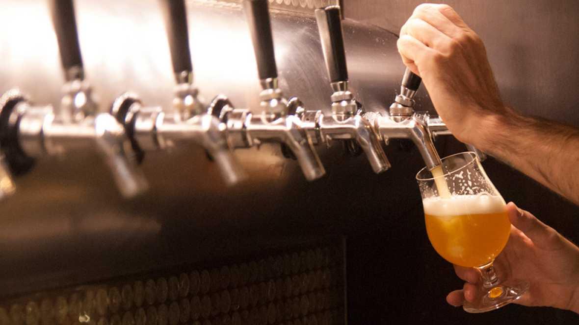 Los españoles consumieron una media de 47,18 litros de cerveza por persona en 2015
