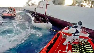 Italia rescata a dos centenares de migrantes frente a las costas de Libia