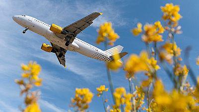Los pasajeros de Vueling acumulan retrasos que superan las 24 horas