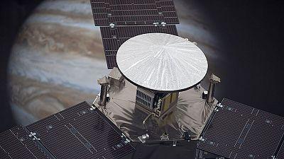 La nave 'Juno' de la NASA, a punto de situarse en órbita alrededor de Júpiter