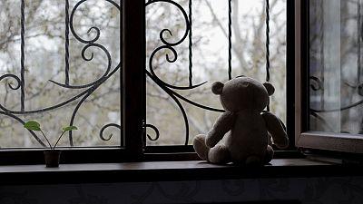 Una niña de 9 años graba a escondidas una conversación con su padre en la que este admite tocamientos sexuales