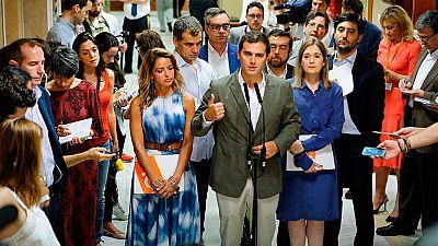 Rivera insiste en que solo es posible un pacto a tres o un gobierno del PP en minoría