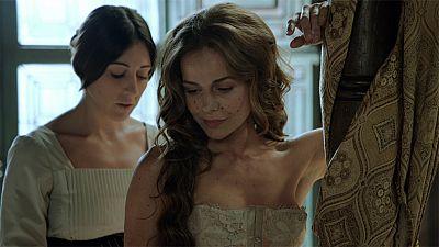 �guila Roja - Hern�n le proh�be a Lucrecia salir del palacio