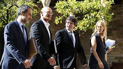 """Cataluña """"no se mueve"""" de la ruta soberanista y resta importancia al fallo del TC que anula las estructuras de Estado"""