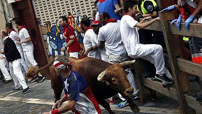 Segundo encierro de San Fermín 2016 muy peligroso con la manada rota