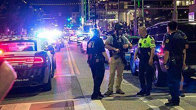 Cuatro polic�as muertos en un tiroteo en Dallas durante una manifestaci�n de protesta