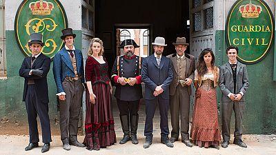 V�ctor Ros - El Telediario visita el rodaje de la segunda temporada
