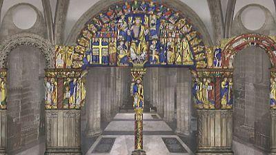 La restauración del Pórtico de la Gloria de la catedral de Santiago descubre los colores originales de la obra maestra