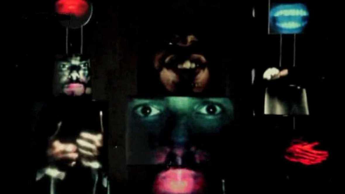 Cámara abierta 2.0 - Ain The Machine, música biotrónica; Tropical Camp en Tú ruedas; La Grieta en #webseries; y Elvira Mínguez en #1minutoCOM - ver ahora