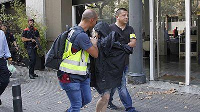 Once personas detenidas en Cataluña en una operación contra el blanqueo de capitales