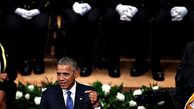 Barack Obama ha alabado el trabajo de los policías asesinados en Dallas en la ceremonia de homenaje