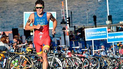 El campeón del mundo de triatlón, Javier Gómez Noya, se perderá los Juegos de Río 2016 al haber sufrido una fractura en su brazo izquierdo.