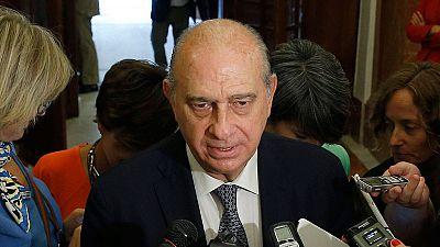 Fernández Díaz se mantiene en permanente contacto con las autoridades francesas
