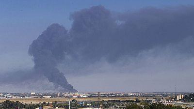 El incendio que ha arrasado gran parte de la fábrica del grupo de alimentación Ybarra en Dos Hermanas (Sevilla), se encuentra ya controlado, ha confirmado un portavoz del parque de bomberos de la localidad sevillana.El fuego, que se inició a media ta