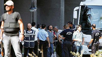 EE.UU. y la UE temen que Erdogan aproveche el golpe para purgar la oposición en Turquía