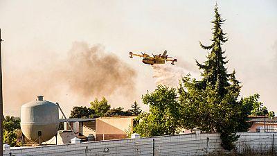 En Cáceres se ha declarado un incendio que permanece activo