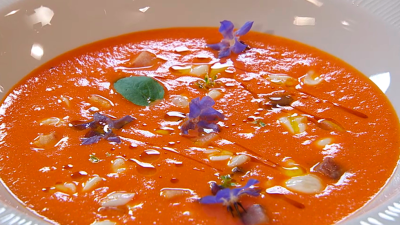 Receta de crema de tomate con anguila ahumada