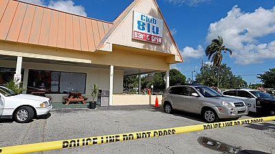 En Florida, al menos dos personas han muerto y 17 heridas