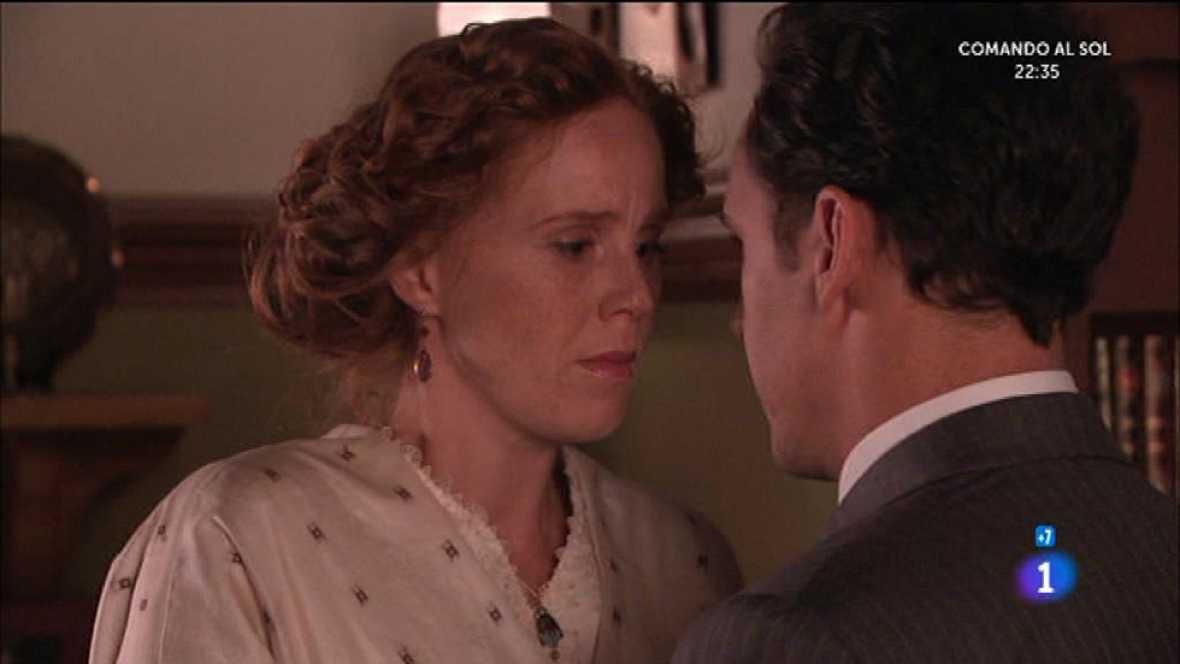 Gabriel sigue enamorado de Francisca y la quiere ayudar