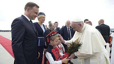"""El papa Francisco advierte de que """"el mundo está en guerra"""" pero que no es """"una guerra de religiones"""""""