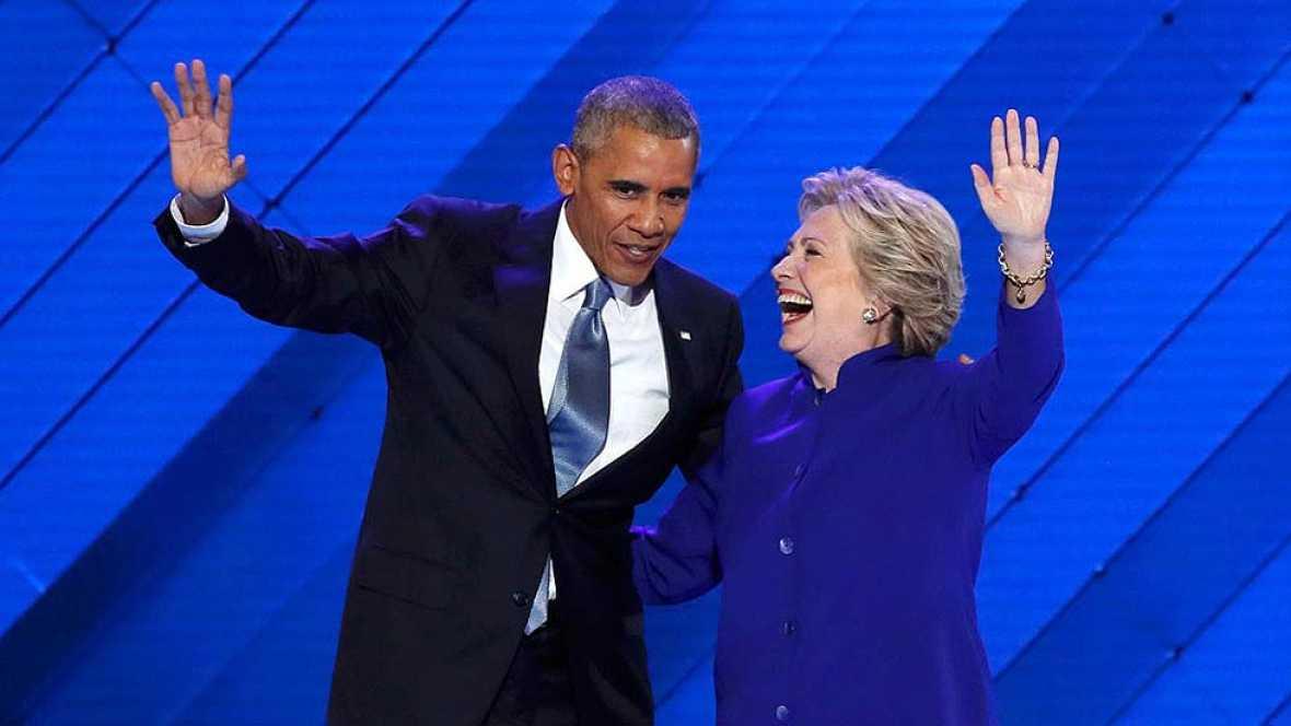 """Obama entrega la batuta a Clinton: """"Os pido que hag�is por ella lo que hicisteis por mi"""""""