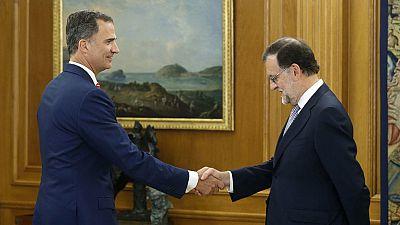Rajoy acepta el encargo del rey pero abre la puerta a no presentarse a la investidura si no logra los apoyos