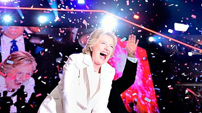 Hillary Clinton acepta la nominación demócrata y pide unidad para derrotar a Donald Trump