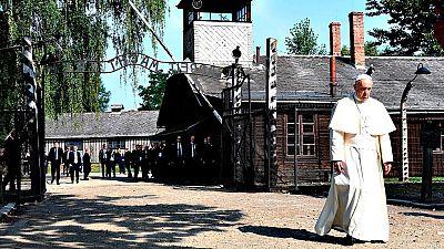 El papa Francisco visitó el campo de exterminio nazi de Auschwitz